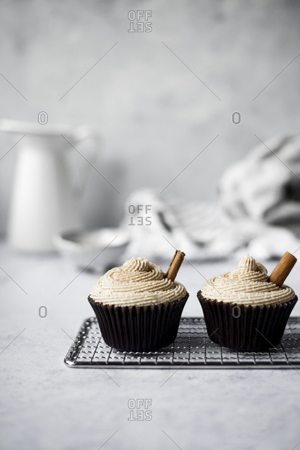 Pumpkin cinnamon cupcakes with maple browned butter frosting