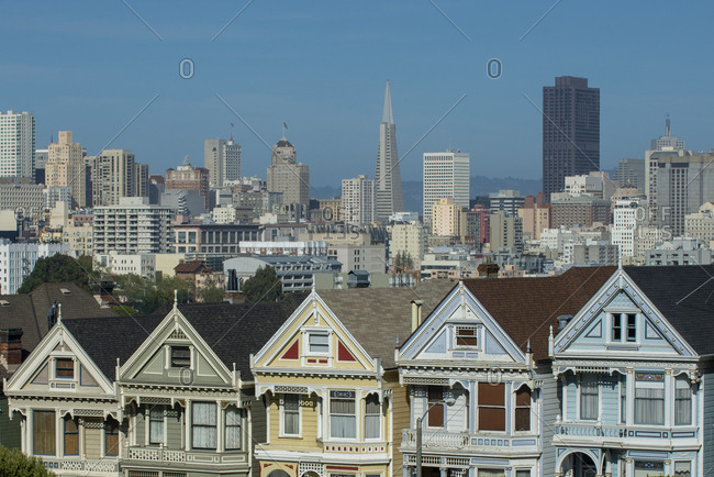 Painted Ladies Victorian houses and the TransAmerica Pyramid, San Francisco, California