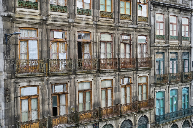 Portugal- Porto- Neglected facade of townhouse in residential district