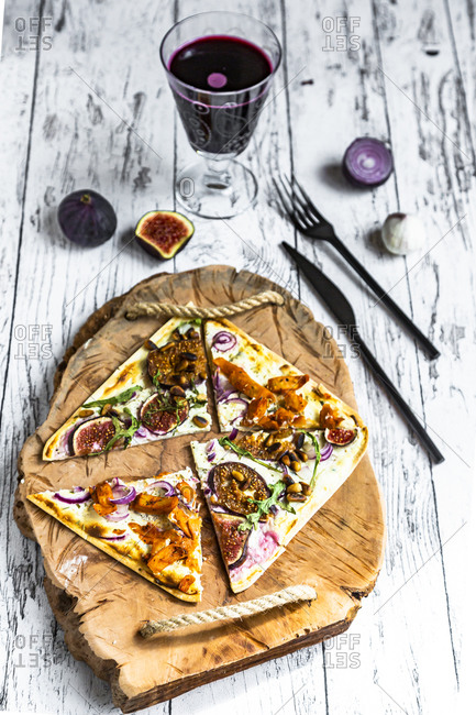 Tart with cheese- garlic- red onions- gyros strips and sauerkraut cabbage
