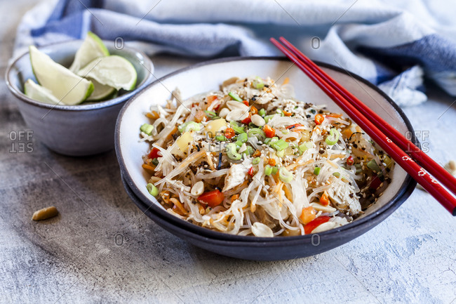 Glass noodle salad with Thai dressing- vegetables and chicken