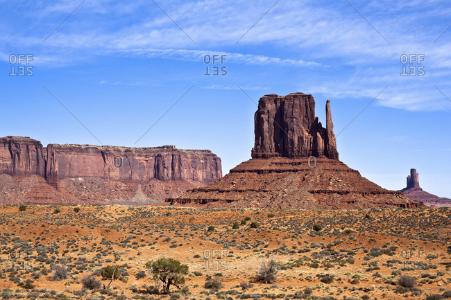 USA- Arizona- Mittens butte in Monument Valley