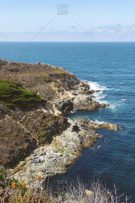 USA- California- Pacific Coast with clear line of horizon in background