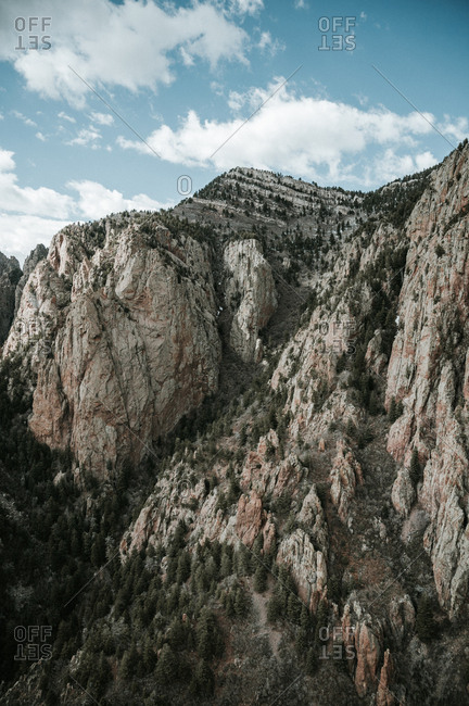 Breathtaking vertical image of steep mountain cliffs in New Mexico