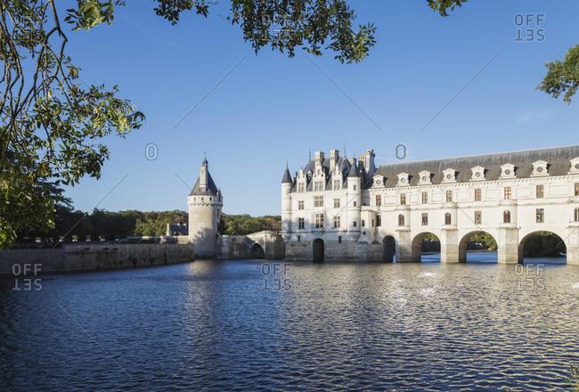 France- Centre-Val-De-Loire- Chenonceaux- Clear sky over Chateau de Chenonceau and Cher river