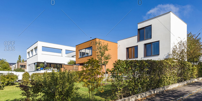 Germany- Thuringia- Weimar- Residential area Neues Bauen am Horn- Modern houses