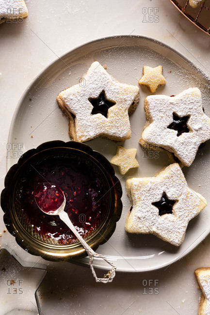 Raspberry Jam Filled Linzer Cookies - Gluten Free