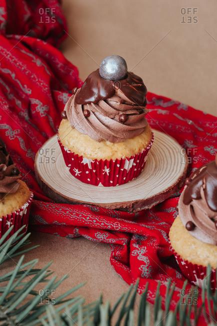 Vegan cupcakes with chocolate cream