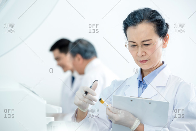 Medical experts do research and analysis
