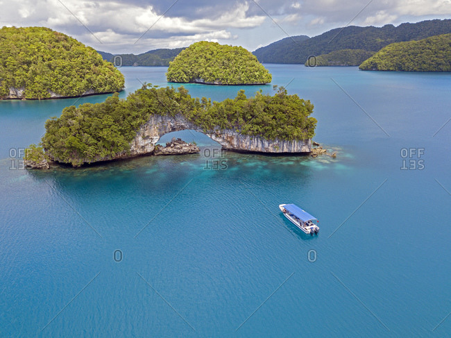 Palau- Aerial view of tour boat near Rock Islands