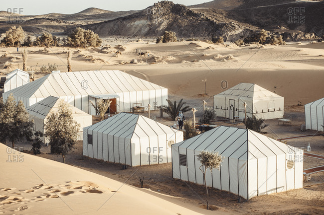 Lines and dunes in sahara desert