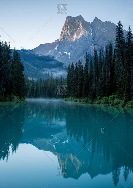 Emerald Lake at sunrise, Yoho National Park, Shuswap Regional District, British Columbia, Canada