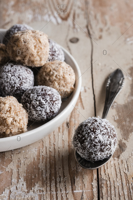 Vegan protein balls with millet- coconut- cocoa and nuts