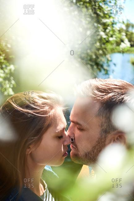 Nose To Nose Romance