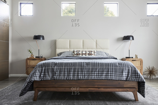 February 16, 2020: Simple bedroom decor with midcentury-modern furniture