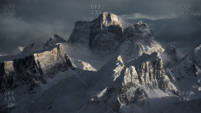 Overview of the Pelmo, Averau, Nuvolau and Lastoi de Formin mountains illuminated by the sun after a heavy snowfall, view from the Lagazuoi refuge, Falzarego pass, dolomites, Cortina d'Ampezzo, Italy, Europe