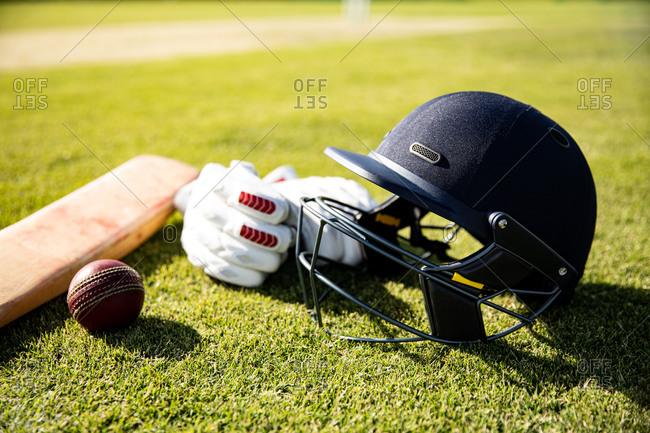 Cricket ball and helmet - Offset