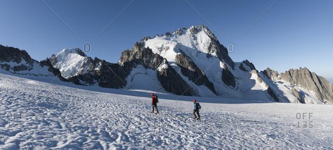 France- Mont Blanc Massif- Chamonix- Mountaineers climbing Aiguille de Chardonnet in the snow