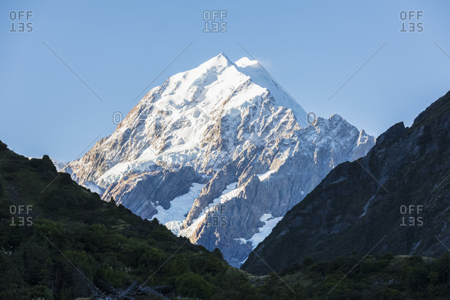 New Zealand- Oceania- South Island- Canterbury- Ben Ohau- Southern Alps (New Zealand Alps)- Mount Cook National Park- Aoraki / Mount Cook covered with snow
