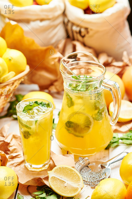 Classic lemonade from with mint