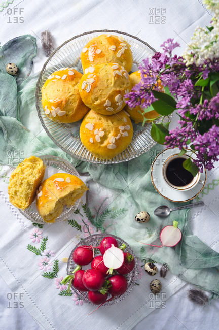 Freshly baked sweet Easter bread (pinca)