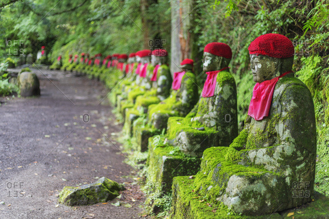 Narabi jizo temple guardian statues, Nikko, UNESCO World Heritage Site, Tochigi prefecture, Honshu, Japan, Asia