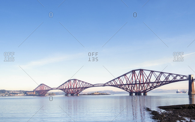 The Forth Rail Bridge, a 19th century girder bridge crossing the Firth of Forth estuary, UNESCO World Heritage Site, Scotland, United Kingdom, Europe