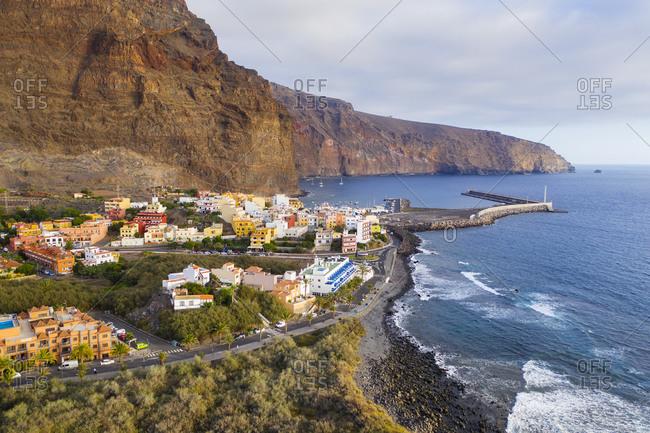 Spain- Canary Islands- La Gomera- Valle Gran Rey- Aerial view of Vueltas and port