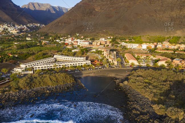 Spain- Canary Islands- La Gomera- Valle Gran Rey- La Puntilla- Aerial view of Charco del Conde Bay