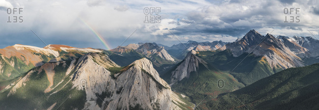 Rainbow view over mountain landscape, peaks with orange sulphur deposits, untouched nature, panoramic view, Sulphur Skyline, near Miette Hotsprings, Jasper National Park, British Columbia, Canada, North America