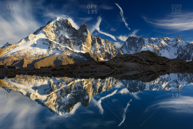 Mountain panorama with water reflection in Lac Blanc, Aiguille Verte, Grandes Jorasses, Mont Blanc massif, Chamonix, France, Europe