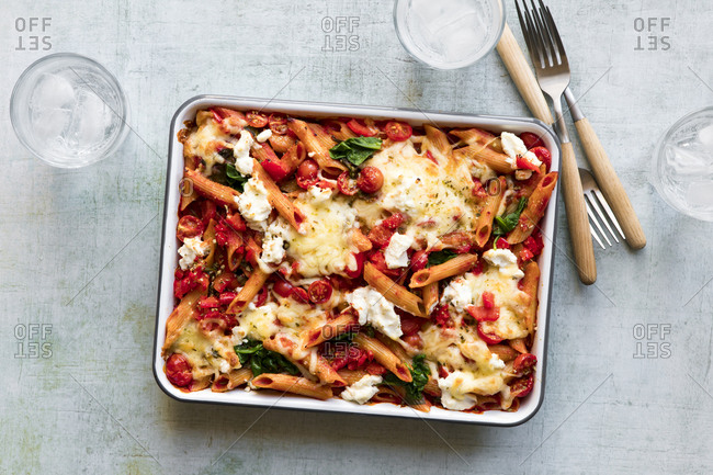Pasta Bake with red bell peppers and cheese