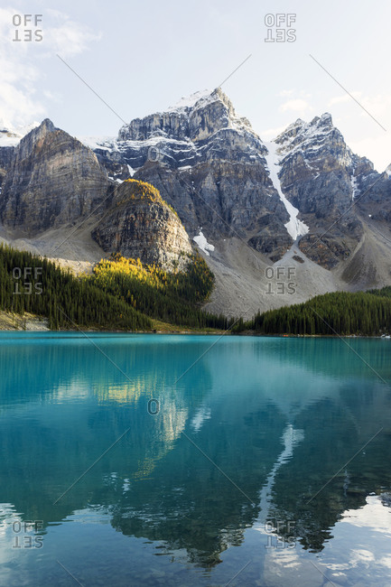 Mountains reflecting in a clear lake