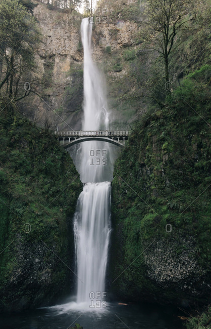 Multnomah Falls, the largest in Oregon, is a major tourist attraction.