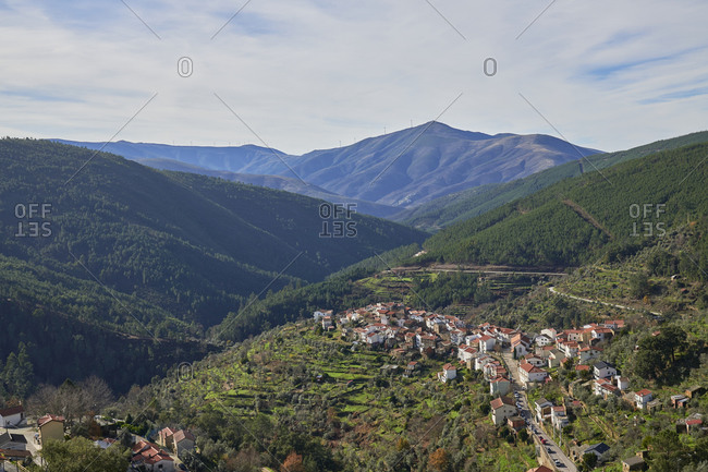Picturesque Cabe�a village nestled into hillside of Serra da Estrela mountains in Portugal