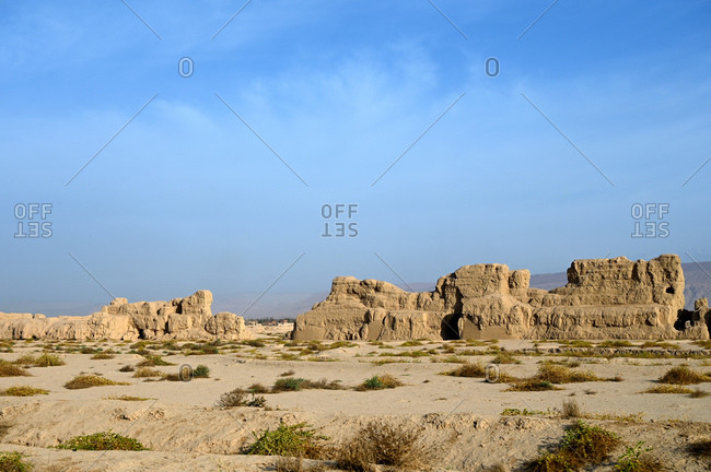Ruined ancient Silk Road oasis city of Gaochang, Taklamakan desert, Xinjiang, China, Asia
