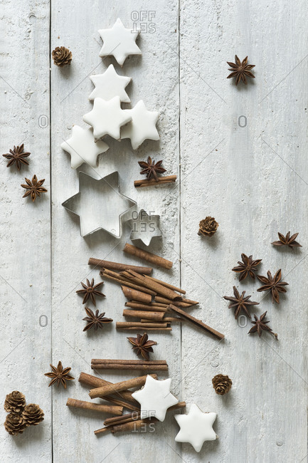 Star shaped cookies- cinnamon sticks- pine cones- cookie cutters and star anise