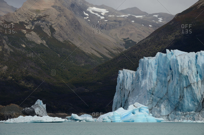 Icebergs on Lake Argentino, a sunny autumn afternoon, Santa Cruz Province, Argentina