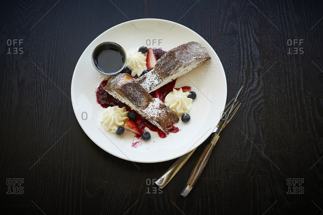 French toast with powdered sugar from above