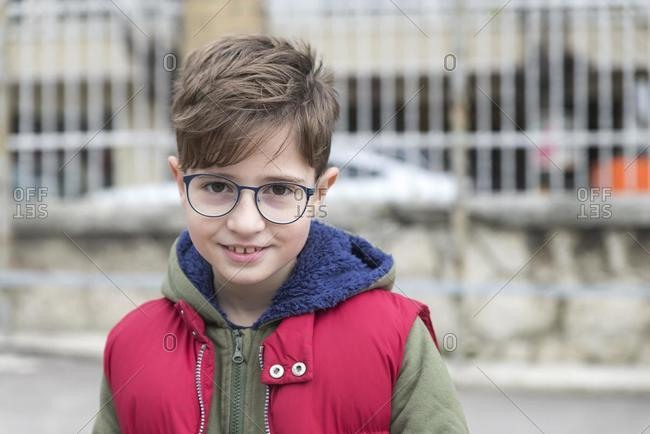 Portrait of a smiling boy wearing spectacles