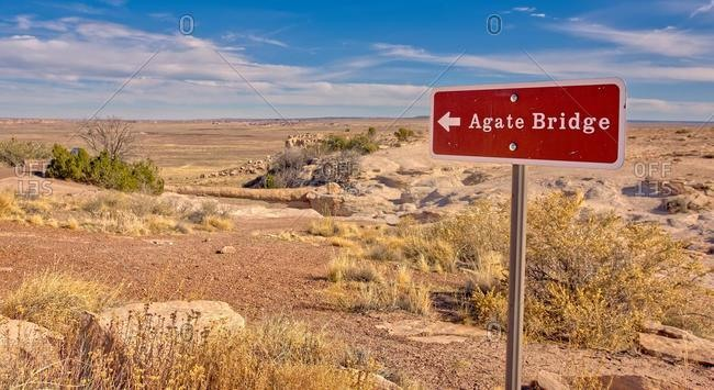 Sign to the Agate bridge, Petrified Forest National Park, Arizona, USA