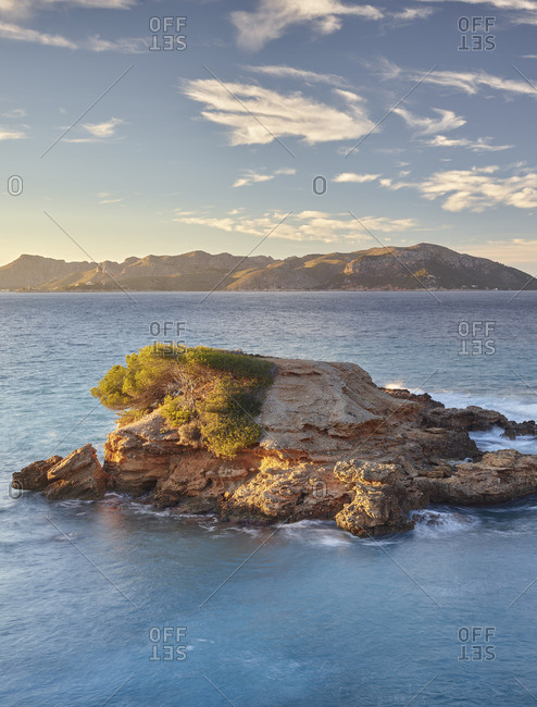Evening mood at S'Illot, Bay of Pollenca, Mallorca, Balearic Islands, Spain