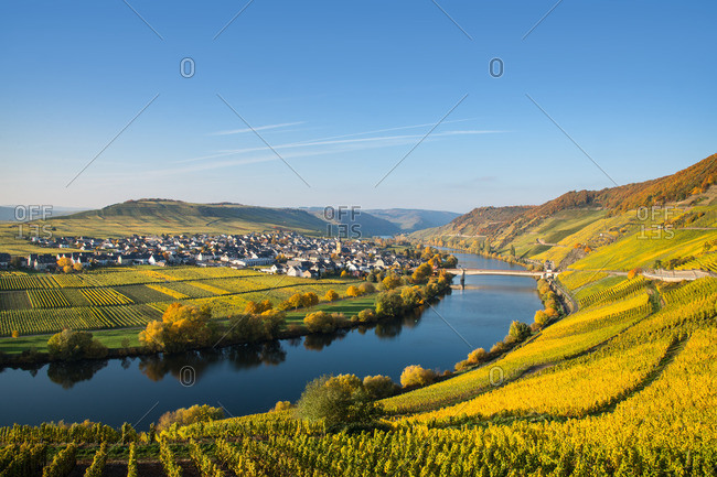 The Moselle loop at Trittenheim overlooking the vineyards.