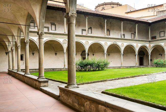 May 1, 2018: Florence, Basilica di Santa Croce, cloister