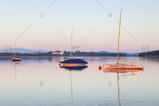 View from Fraueninsel to Herrenchiemsee, Frauenchiemsee, Chiemsee, Chiemgau, Upper Bavaria, Bavaria, southern Germany, Germany, Europe