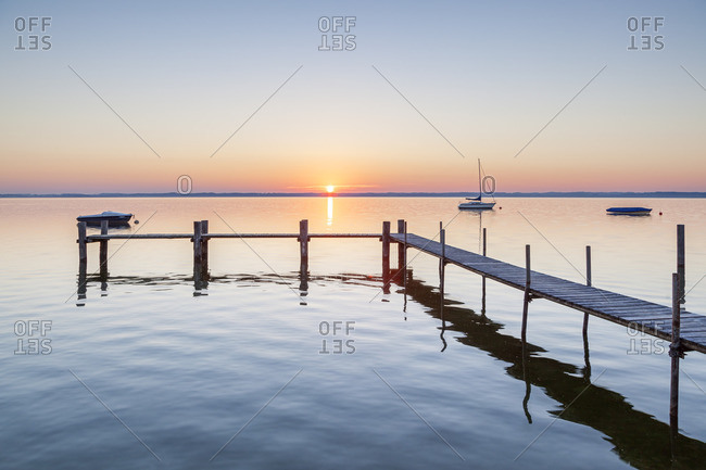 Sunrise at Chiemsee, Fraueninsel, Frauenchiemsee, Chiemgau, Upper Bavaria, Bavaria, southern Germany, Germany, Europe