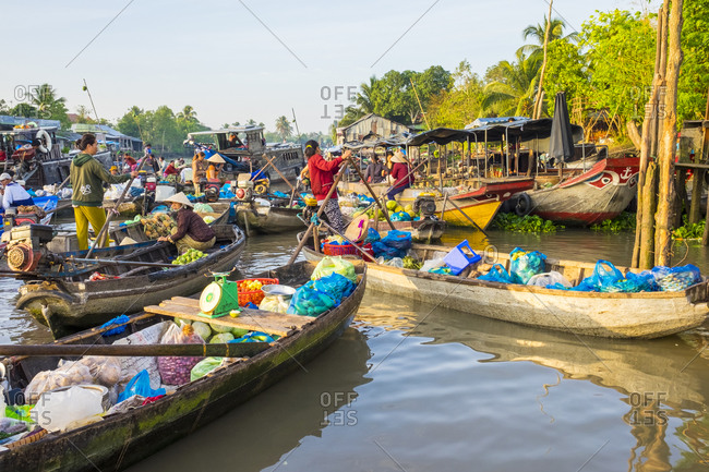 Can Tho, Vietnam - March 28, 2015: Phong Dien Floating Market, Can Tho, Vietnam