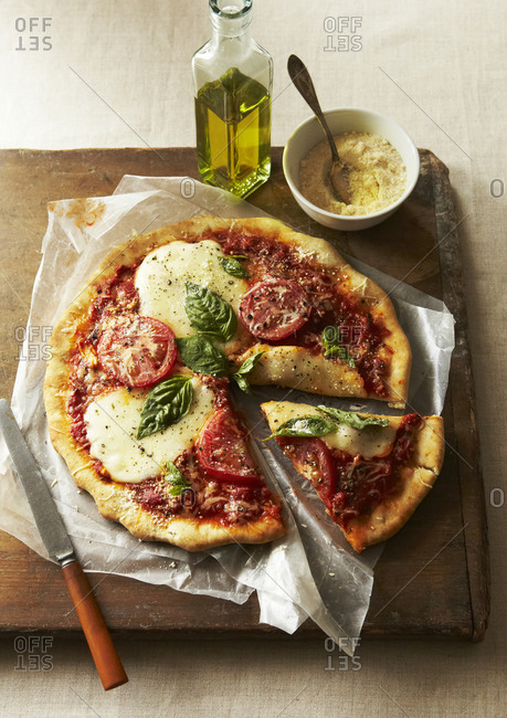 Margarita Pizza with Cheese and Basil
