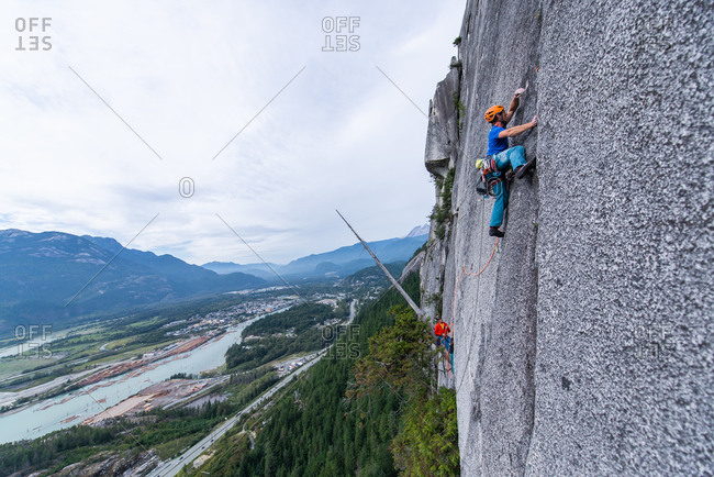 A climber traditional climbing , Sea to Sky corridor, Squamish