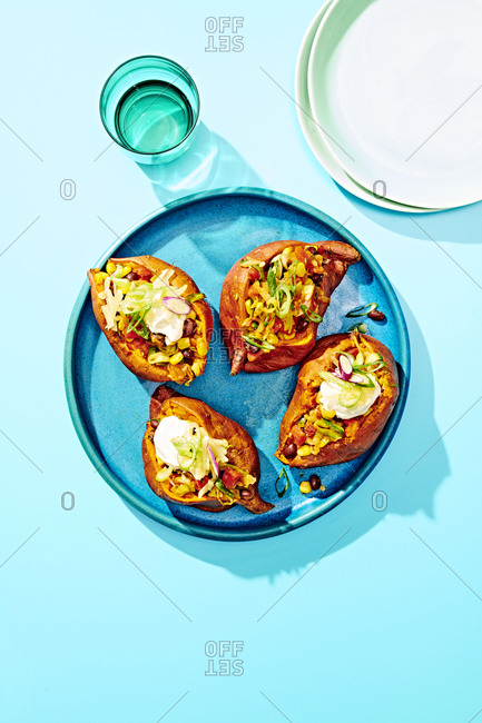 Baked Sweet Potatoes with Veggie Chili